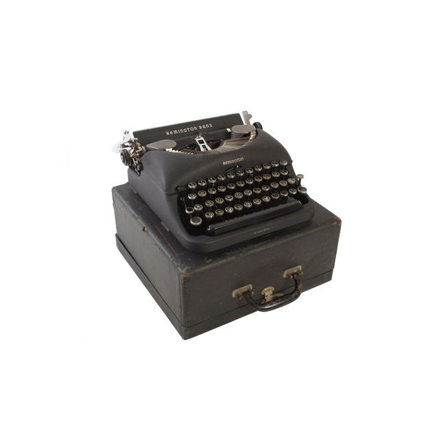 Remington Rand Typewriter - Model 5 in Excellent Working Order For Sale - Image 5 of 9
