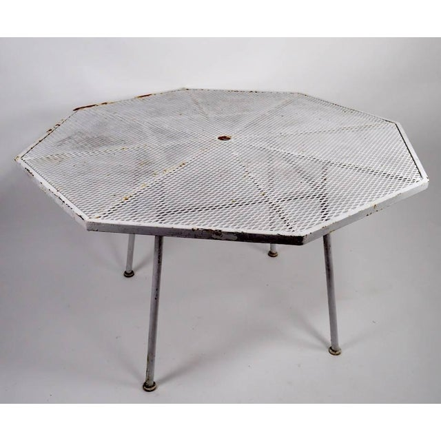 Woodard Sculptura Octagonal Dining Table For Sale In New York - Image 6 of 9