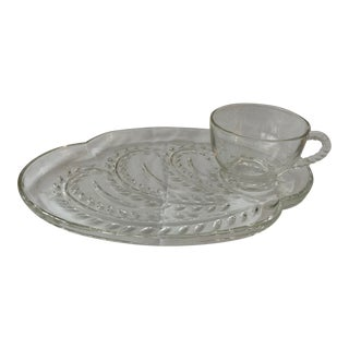 Vintage Federal Glass Homestead Wheat Patter Glass Plate and Teacup For Sale