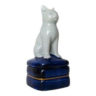 C1960s Vintage Porcelain Ceramic Crackle Cat Lidded Keepsake Box For Sale