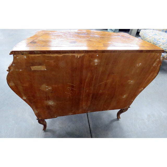 Italian Louis XV Style Bombe Commode For Sale - Image 10 of 13