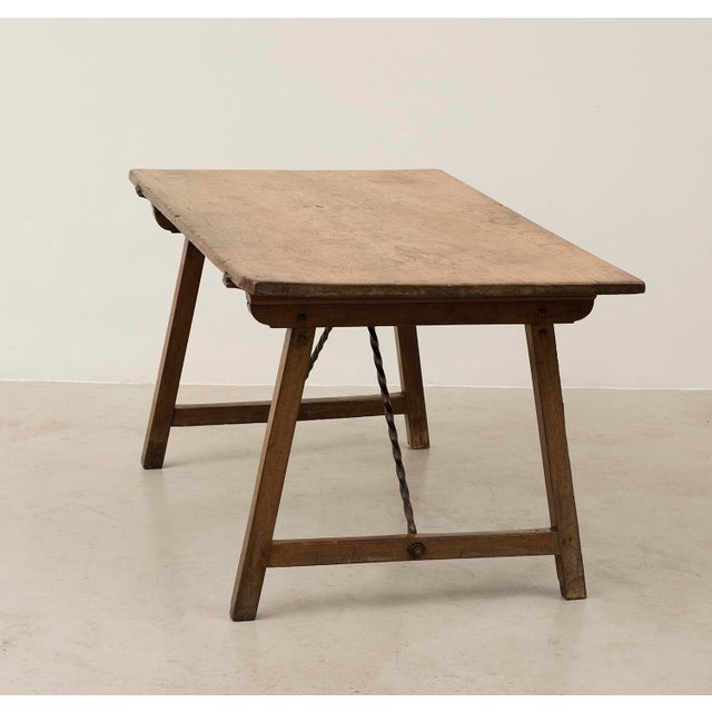 18th Century Spanish Travel Table in Walnut For Sale - Image 4 of 10