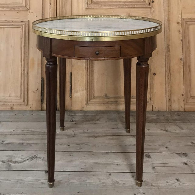 19th Century French Directoire Marble Top Round End Table For Sale - Image 13 of 13