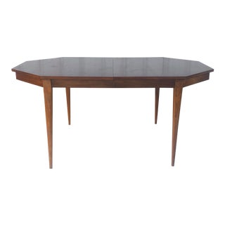 Mid-Century Modern Dining Room Table With Leaf For Sale