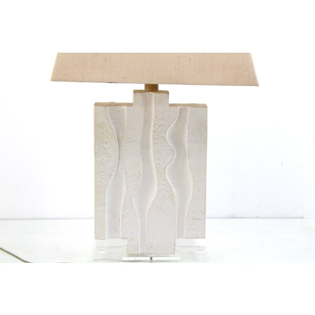 Casual Lamps of California Mid Century Plaster Lamp on Lucite Base For Sale - Image 4 of 7