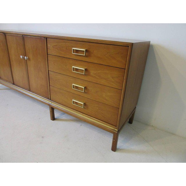 Kip Stewart Mid-Century Mahogany and Brass Server or Sideboard for Drexel For Sale - Image 4 of 9