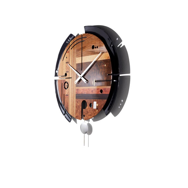 """Precious wall clock entirely """"made in Italy"""" and hand carved. The value of this wall decoration idea is on the outer..."""
