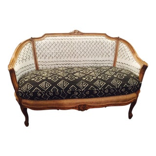 Vintage French Louis XV Settee For Sale