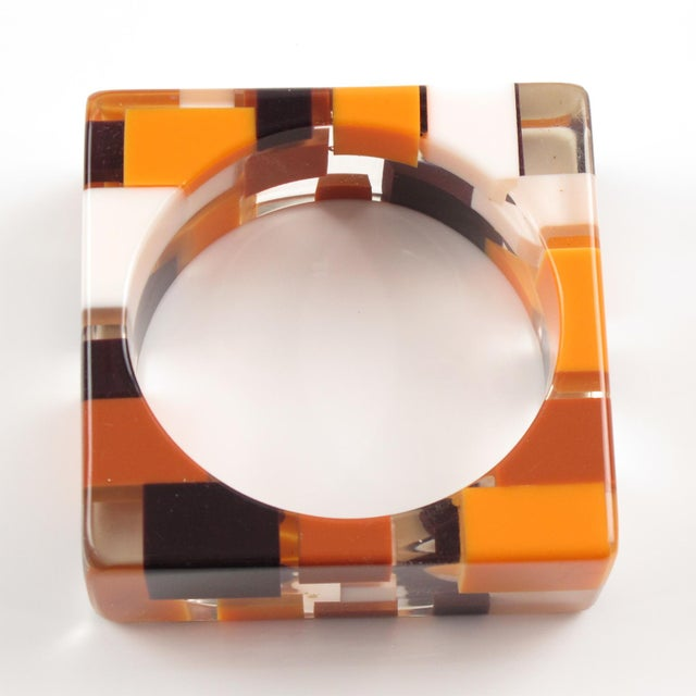 Oversized Lucite Resin Bracelet Bangle Geometric Inclusions Orange Brown and White For Sale In Atlanta - Image 6 of 7