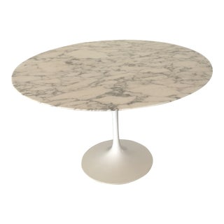Knoll Saarinen Carrara Marble Top Dining Table