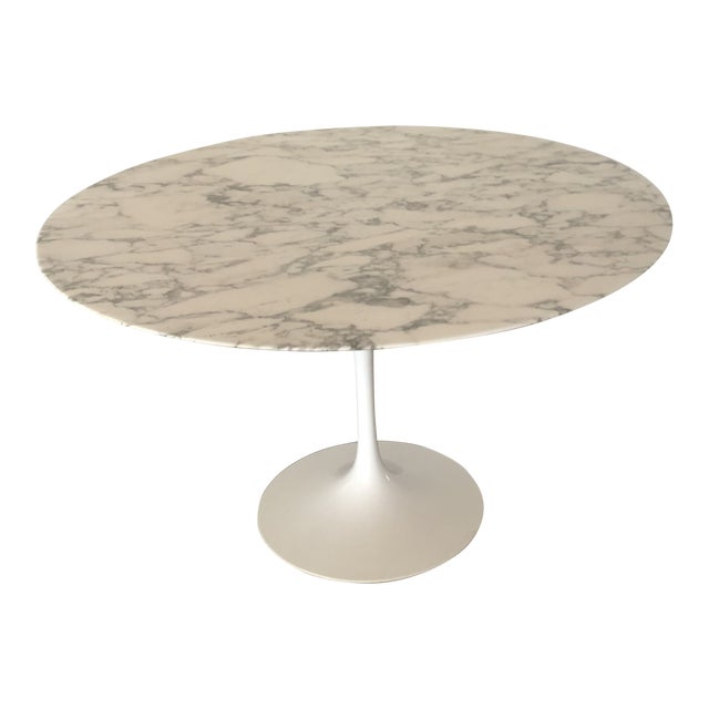 Knoll Saarinen Carrara Marble Top Dining Table Chairish - Saarinen carrara marble table