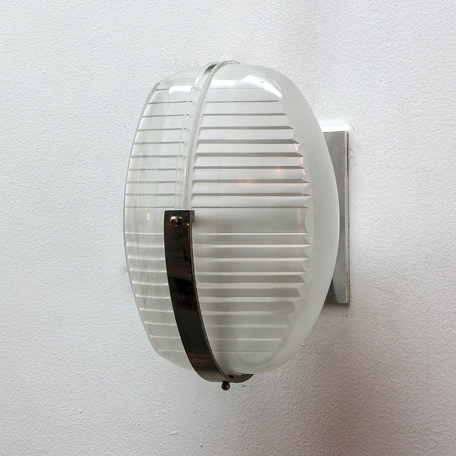 Mid-Century Modern Pair of Vico Magistretti Wall Lights For Sale - Image 3 of 11