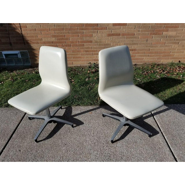 MCM Chromcraft Vinyl Swivel Chairs - a Pair For Sale In Cleveland - Image 6 of 11