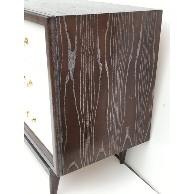 Mid-Century Cerused Oak Dresser by American of Martinsville For Sale In Los Angeles - Image 6 of 9