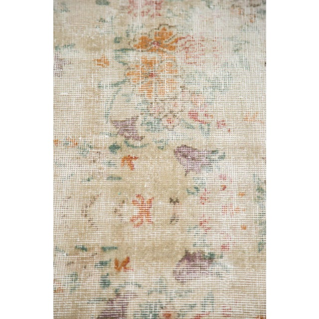 "60s Distressed Floral Oushak Rug - 6'3"" x 10'2"" For Sale In New York - Image 6 of 7"