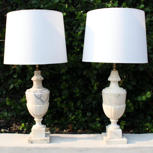 Hollywood Regency Italian Neoclassical White Alabaster Urn Lamps From Italy With White Linen Shades - Pair For Sale - Image 3 of 7
