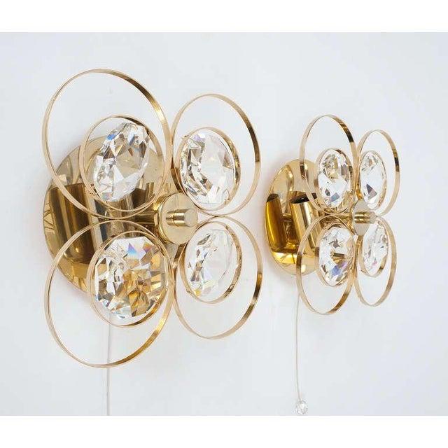 Hollywood Regency Gilded Brass Crystal Glass Bakalowits Sconces, Austria 1960 For Sale - Image 3 of 9