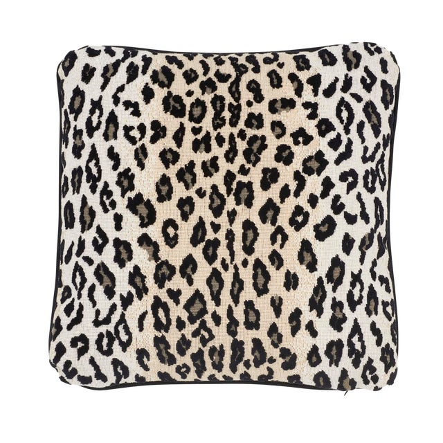 Contemporary Schumacher Safari Epingle Pillow in Snow Leopard For Sale
