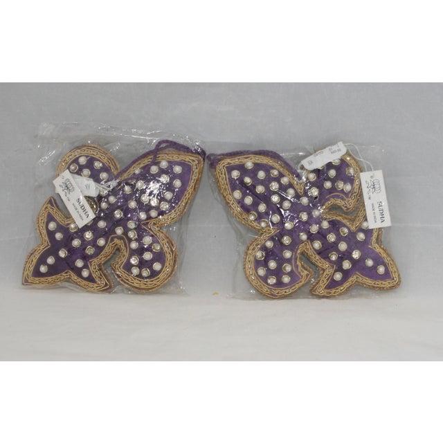 Sudha Pennathur Fleur De Lis Purple Velvet Beaded Ornaments - Set of 2 For Sale In West Palm - Image 6 of 7