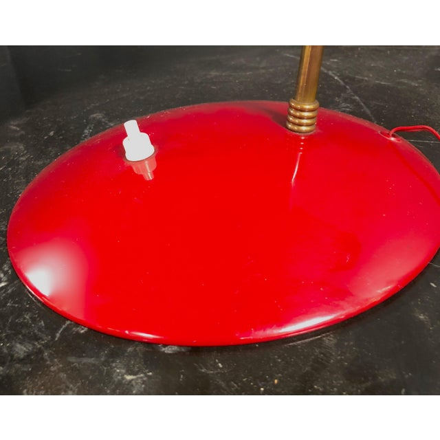 1950s 1950s Italian Sculptural Table Lamp in Brass and Red Enameled Metal For Sale - Image 5 of 8