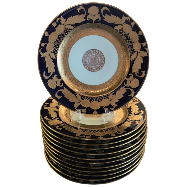 20th Century Edwardian Cobalt and Gilt Service Dinner Plates - Set of 12 For Sale
