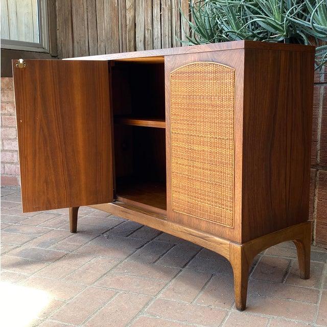 "Wood Mid-Century Modern Lane ""Rhythm"" Walnut and Cane Cabinet For Sale - Image 7 of 10"