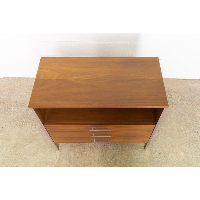 Brown Mid Century Paul McCobb for Calvin Chest of Drawers For Sale - Image 8 of 11