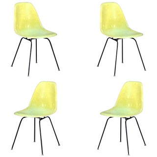 1960s Vintage Eames Chairs by Herman Miller - Set of 4 For Sale