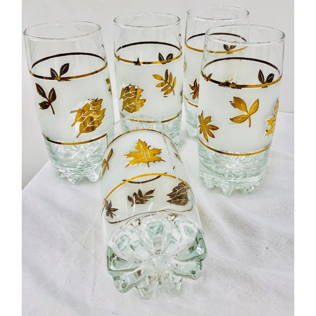 Anchor Hocking Vintage Mid-Century Gold Leaf High Ball Cocktail Tumbler Glasses - Set of 5 For Sale - Image 4 of 5