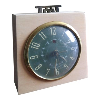 1950s Vintage Seth Thomas Cathay Alarm Clock For Sale