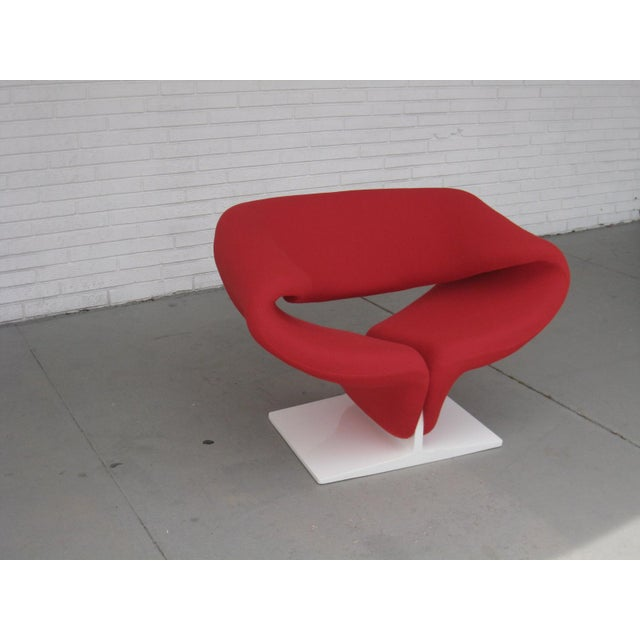 This is an early edition Paulin Ribbon chair designed in 1966 produced by Artifort, Holland It has been totally restored...