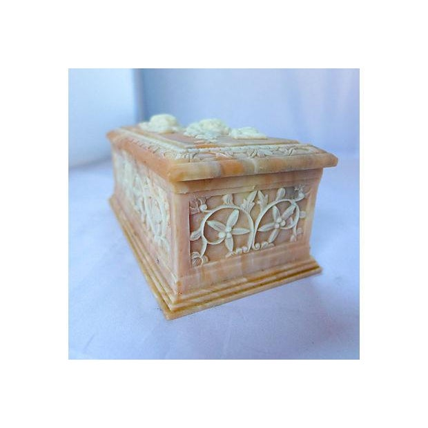 Vintage Floral Cameo Pink Jewelry Box - Image 3 of 6