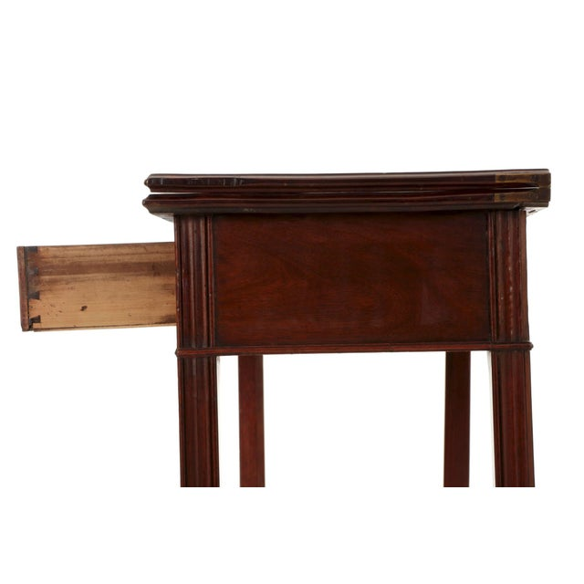 American Chippendale Period Mahogany Antique Card Table, late 18th century For Sale - Image 5 of 11