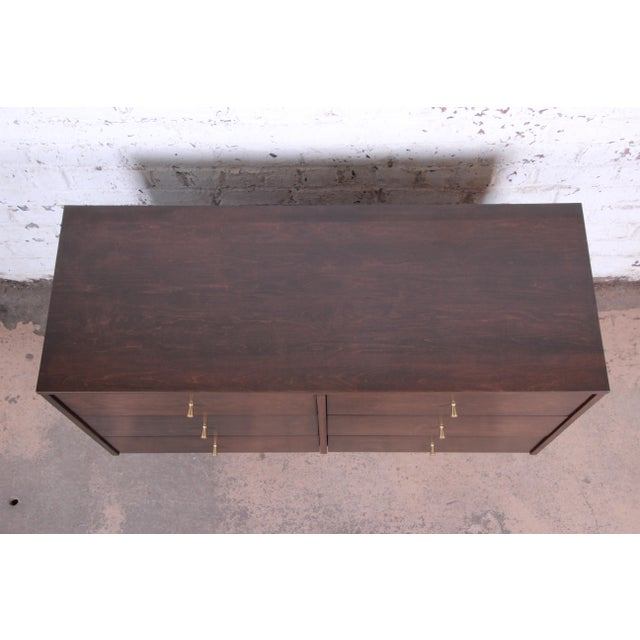 1950s Paul McCobb Planner Group Six-Drawer Dresser, Newly Refinished For Sale - Image 5 of 13