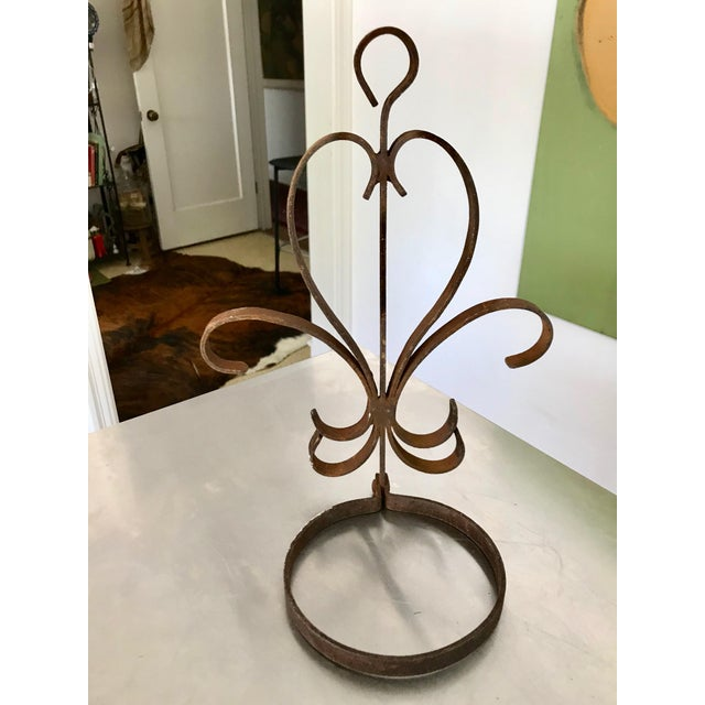Vintage Rustic Handmade Heart-Shaped Rusty Iron Decorative Wall Caddy For Sale - Image 9 of 9