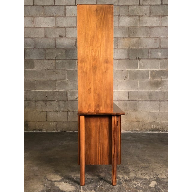 Mid-Century Modern China Cabinet / Bookcase / Display Case - Image 6 of 11