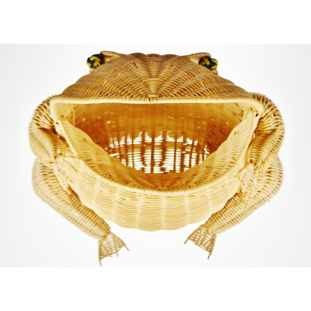 Vintage Natural Wicker Frog Planter Basket Condition consistent with age and history. Please use zoom feature to check...