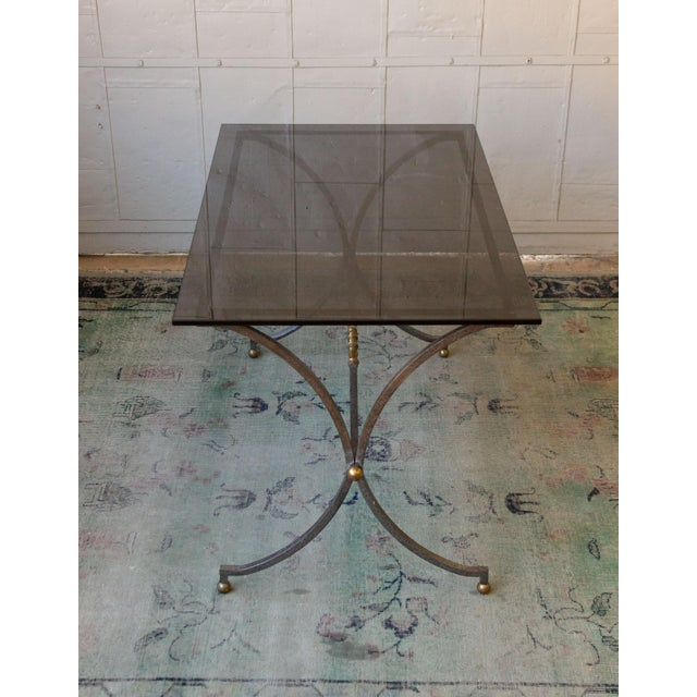 Mid-Century Modern Brushed Steel and Brass End Table For Sale - Image 3 of 11