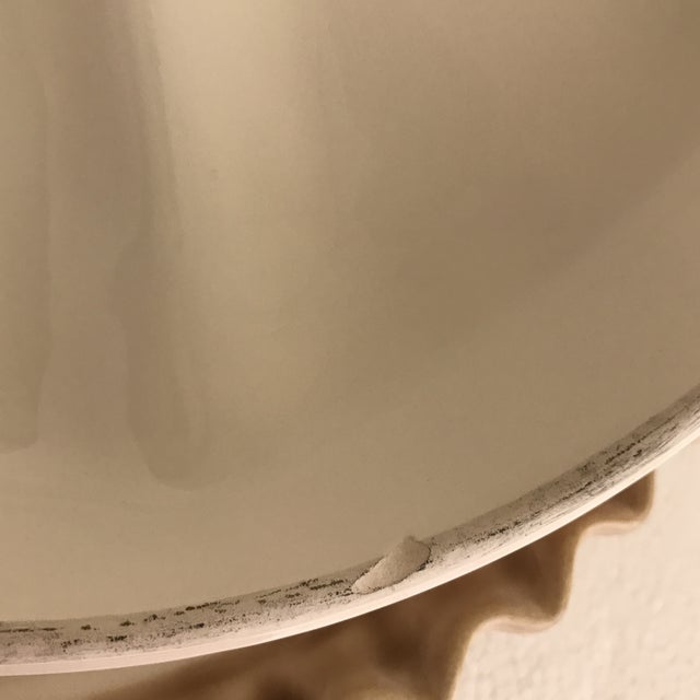 Vintage Covered Apple Pie Plate Server For Sale - Image 11 of 13
