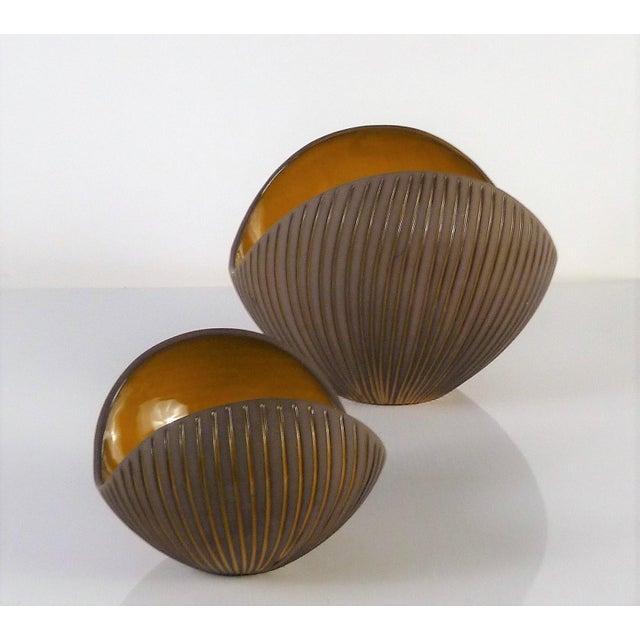 Upsala-Ekeby Hjordis Oldfors, Set of 3 Modern Earthenware Kokos / Coconuts Vessels From Upsala-Ekeby, Sweden 1954 For Sale - Image 4 of 13