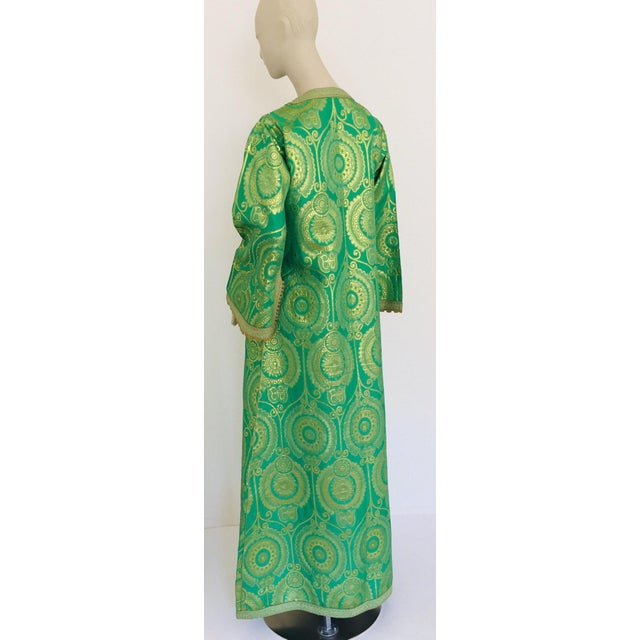 Metal Elegant Moroccan Caftan Lime Green and Gold Metallic Floral Brocade For Sale - Image 7 of 13