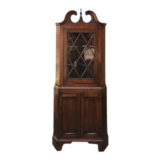 Early 20th Century Great Size Inlaid Mahogany Federal Style Corner Cupboard For Sale