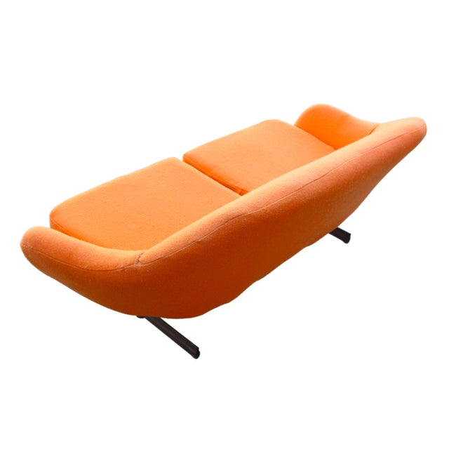 1960s Mid-Century Mod Viko Baumritter Biomorphic Free Form Tangerine Orange Couch For Sale - Image 5 of 9