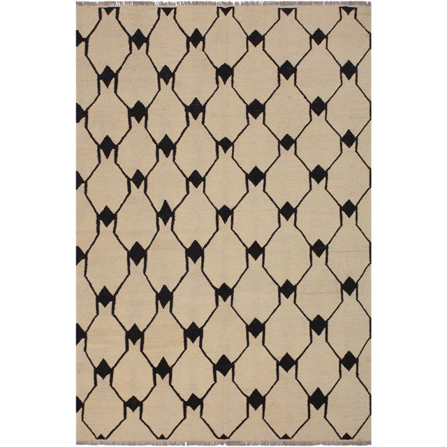 White Abstract Kilim Dorthey Ivory Hand-Woven Wool Rug -5′8″ × 7′4″ For Sale - Image 8 of 8