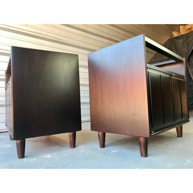 1960s Restored Mid Century Modern Dark Walnut & Glass Top End Tables For Sale - Image 5 of 9