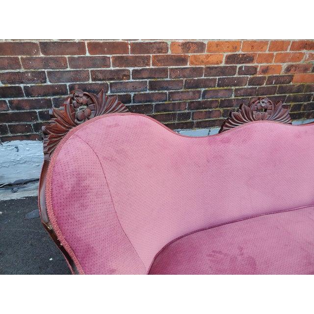 Antique Victorian Pink Velvet Carved Wood Purple Settee For Sale - Image 4 of 9