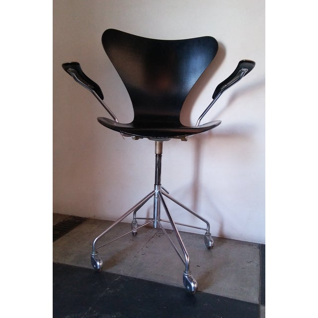 """Mid 20th Century First Edition Arne Jacobsen """"Ant"""" Desk Chair For Sale - Image 5 of 5"""
