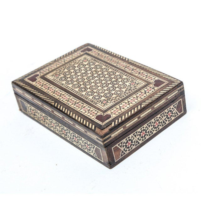 Traditional 1980s Syrian Mosaic Box For Sale - Image 3 of 3