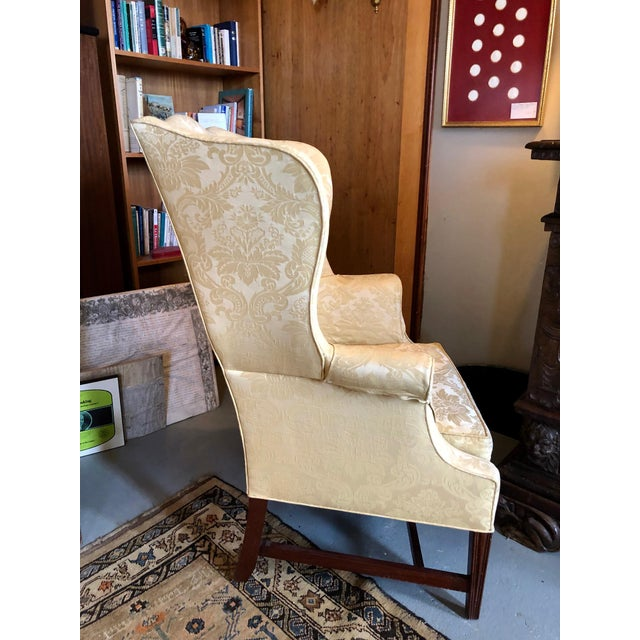 Mahogany 1960s Vintage High End American Hepplewhite Wing Back Chair For Sale - Image 7 of 9
