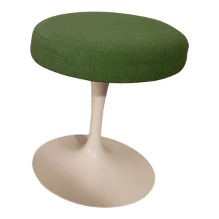 1960s Vintage Eero Saarinen for Knoll Tulip Stool For Sale